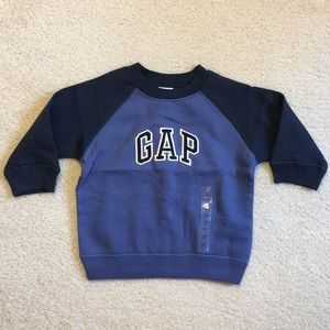 NWT Gap crewneck sweatshirt